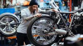 How can you change a motorcycle tyre?